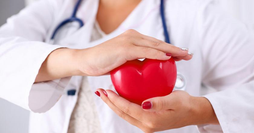 Angina Prinzmetala, zwana inaczej dławicą naczynioskurczową lub dławicą odmienną, to jeden z rzadszych typów choroby niedokrwiennej serca