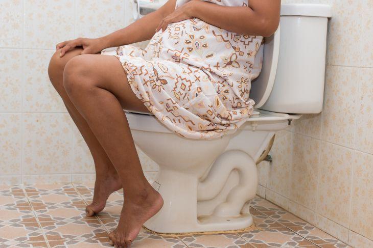 Przewlekła choroba nerek odznacza się tym, że trwa przez trzy lub więcej miesięcy. Choroby nerek w niektórych przypadkach niosą ze sobą przykre konsekwencje zarówno dla dziecka jak i mamy.