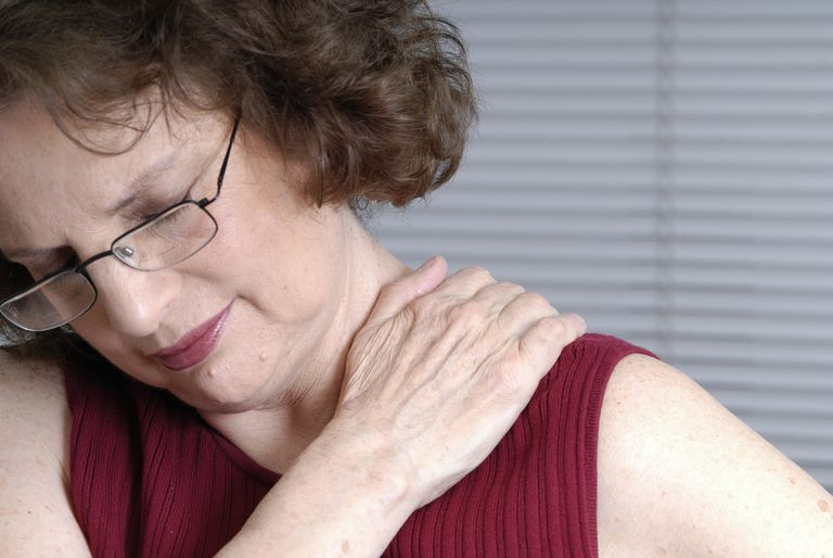 Sztywność mieśni i kurcze mięśni mogą towarzyszyć różnym chorobom, takim jak: tężec, stwardnienie rozsiane, a także wielu rzadkim jednostkom i zespołom chorobowym, do których należą: neuromiotonia (zespół Isaacsa), zespół sztywności uogólnionej, zespół Schwartza-Jampela, miopatie metaboliczne lub zatrucie strychniną
